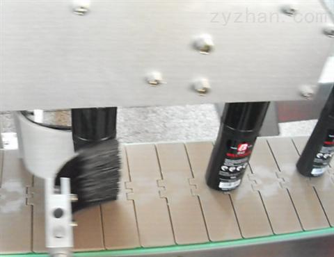 食品圆瓶自动不干胶贴标机