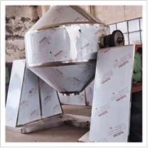 雙錐回轉耙式真空干燥機