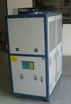 风冷冰水机