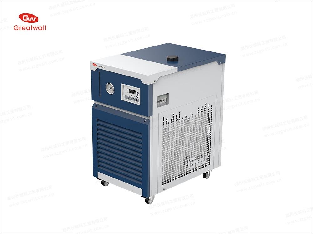 <strong>DL30-300循环冷却器</strong>.jpg
